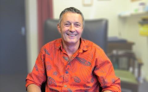 Dr. Matt Mills