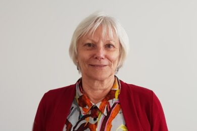 Dr. Janet Saunders